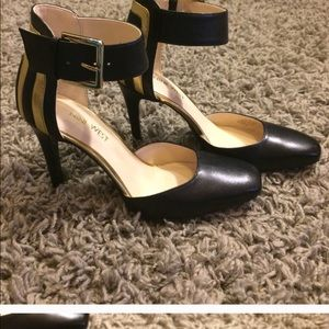 Nine West 6.5 heels NWOT
